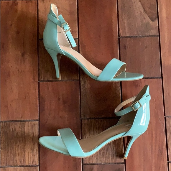 Nordstrom Shoes - Mint Strappy Sandal